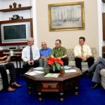 Visita do Chefe de Pesquisa da Força Aérea Americana (USAF), Dr. Harold Weinstock e de pesquisadores da Base Aérea de Hanscom - Foto 2