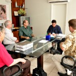 Visita do Chefe de Pesquisa da Força Aérea Americana (USAF), Dr. Harold Weinstock e de pesquisadores da Base Aérea de Hanscom - Foto 18