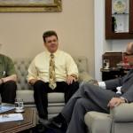 Visita do Chefe de Pesquisa da Força Aérea Americana (USAF), Dr. Harold Weinstock e de pesquisadores da Base Aérea de Hanscom - Foto 4